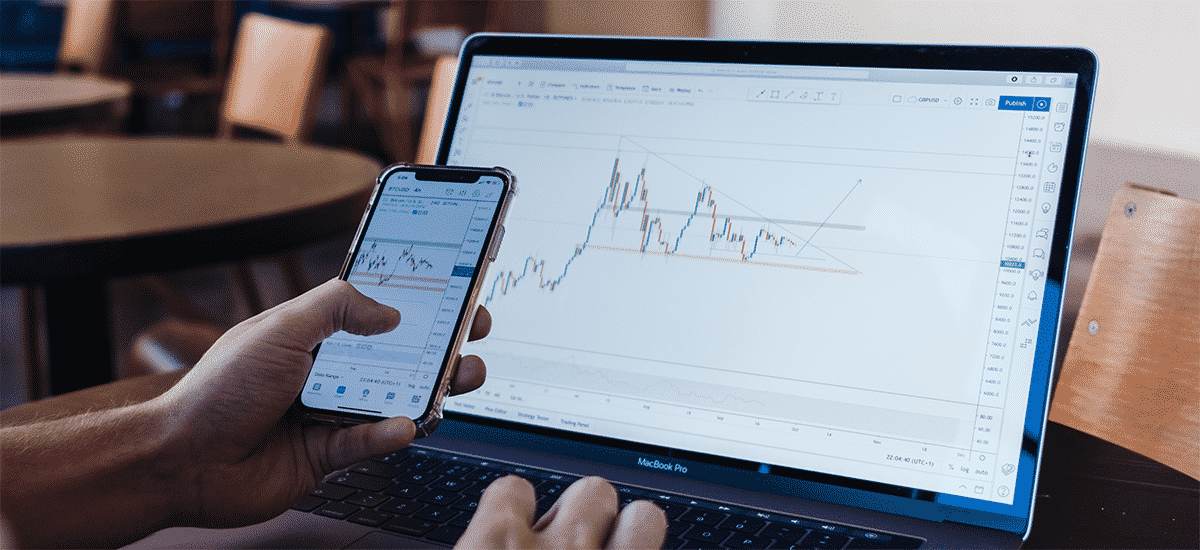 Best Laptops for Day Trading, Stock Trading and Forex Trading